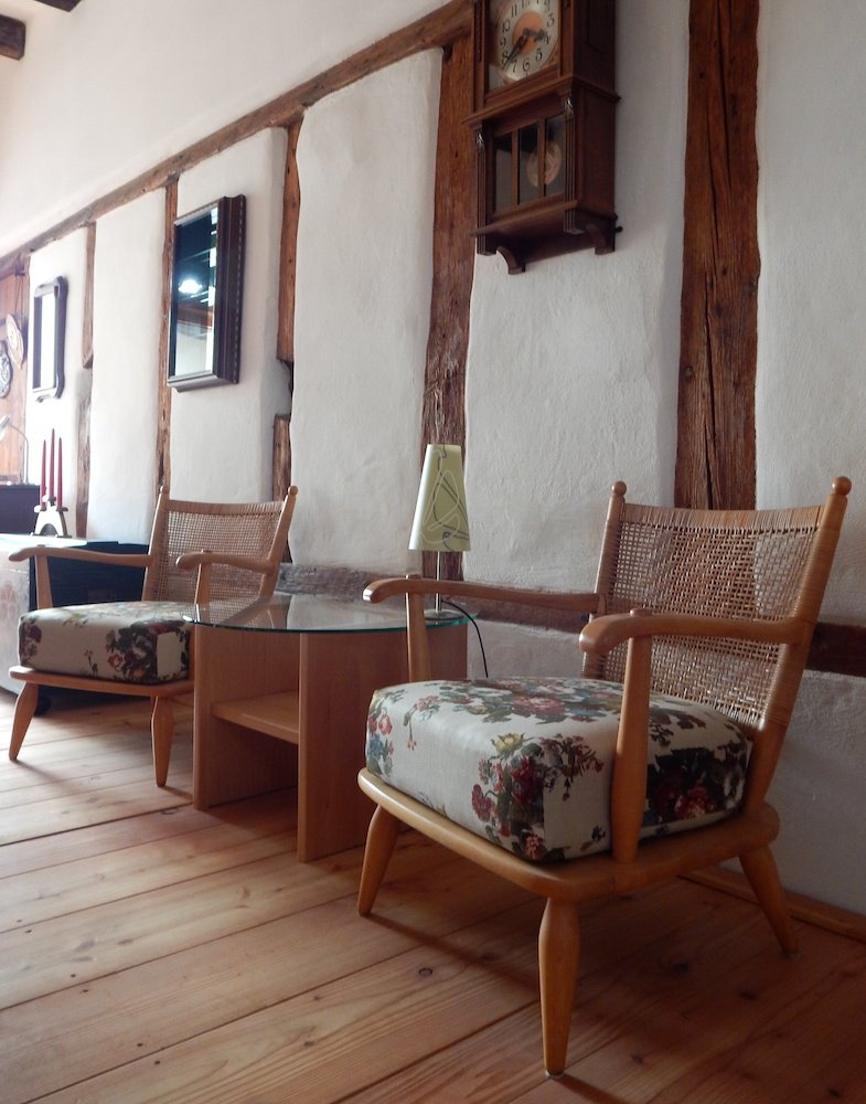 individuelle anfertigung von massivholzm beln bussen. Black Bedroom Furniture Sets. Home Design Ideas